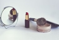 Set up a Business for Selling Cosmetics in Malaysia Image